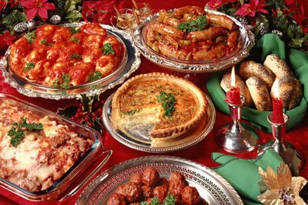 Natale gli effetti dei pasti natalizi annullati con l'esercizio fisico