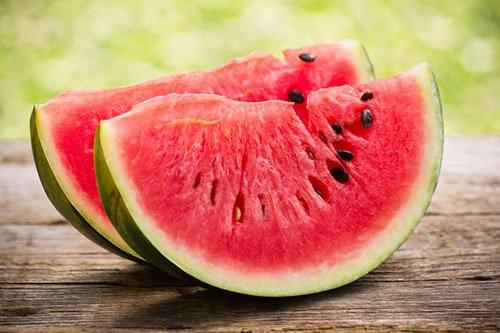 Calorie Anguria: Fanno Ingrassare o Dimagrire?