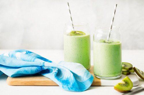 Frullato proteico kiwi e quinoa