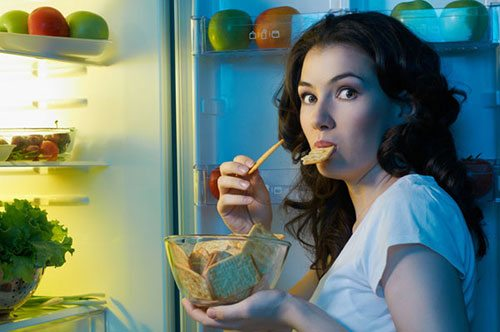 Spuntini Notturni: 6 Snack che puoi mangiare prima di andare a letto