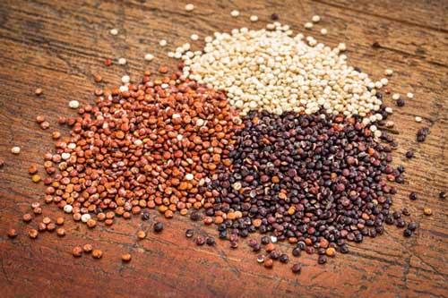 Quinoa rossa, bianca e nera