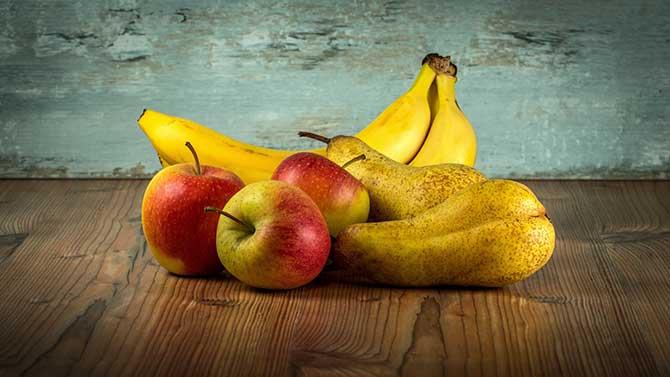 Calorie in una pera, banana e mela