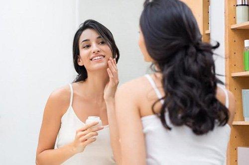 Benefici dell'Olio di Vitamina E per la Pelle