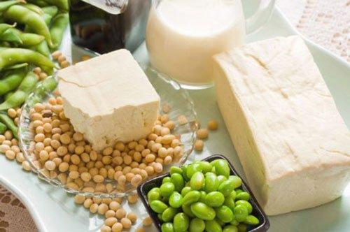 Formaggio di soia, semi e latte di soia