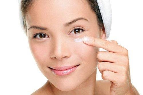 Quali sono i benefici di usare vitamina E sul viso